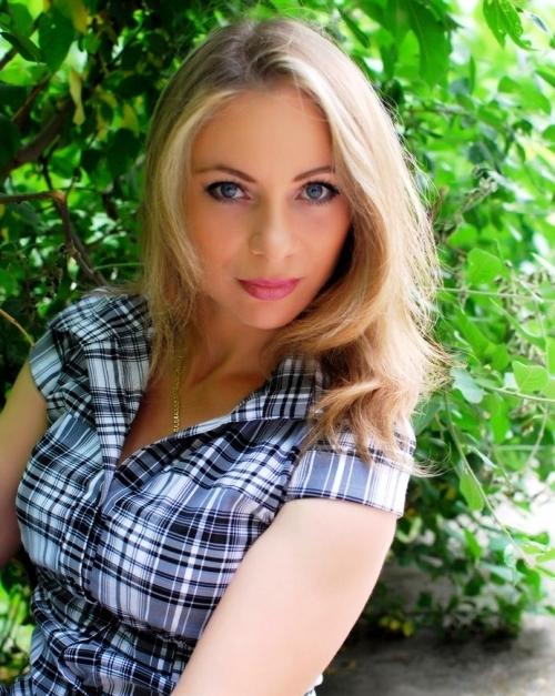 Salir con chicas guapas en Jarkov en tu viaje a Ucrania